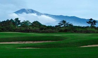 yogyakarta-golf-escape-compressed
